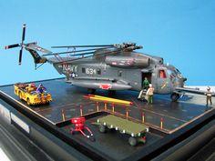 1/72 Sikorsky CH-53D Sea Stallion by Derek Derks (Fujimi)