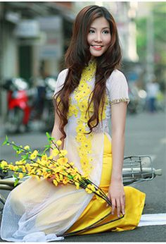 ao dai for BM but in pink?