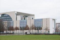 Der deutsche Bundestag in dem Angelo Merte wohnt! (Angela Merkel)