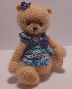 Miniature Thread Artist Bear Crochet Accessory Pattern for Gloria by Joanne Noel of  Bayou Bears