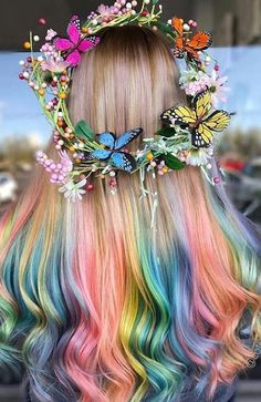 7 Cotton Candy Hair Colors You will Like to Wear on You! - We have collected some cotton candy hair colors that you should try and flaunt off your hottest vog - Pretty Hair Color, Beautiful Hair Color, Cotton Candy Hair, Coiffure Hair, Aesthetic Hair, Hair Dye Colors, Rainbow Hair Colors, Hair Colour, Unicorn Hair