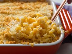 2 Roads to Gooey, Stretchy, Extra-Cheesy Baked Mac and Cheese — Serious Eats Baked Mac And Cheese Recipe, Stovetop Mac And Cheese, Bake Mac And Cheese, Mac Cheese Recipes, Mac And Cheese Homemade, Cheesy Recipes, Baked Cheese, Cheddar Cheese, Bon Appetit