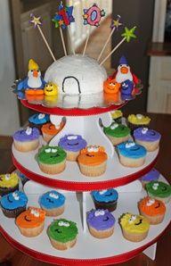 Club Penguin Puffle cakes