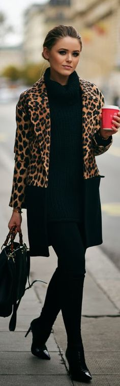 Street style | All in black with leopard prints jacket.