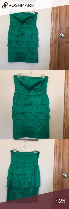 🎉HP!!!🎉 Green prom/special occasion dress Beautiful green special occasion dress! I wore it to my senior prom. The ruffles in the middle are super flattering! Size 11 by Ruby Rox. Zipper down the back. Was dry cleaned after wear, but has been hanging in my closet for years! About 26 inches long from top to bottom. (Want to make a point that my bra size is a 34b and I think this would fit someone that's a little bit bigger in the chest to fill it out better.) Ruby Rox Dresses Prom