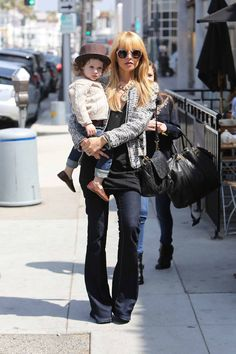 More Pics of Rachel Zoe Flare Jeans (11 of 14) - Jeans Lookbook - StyleBistro
