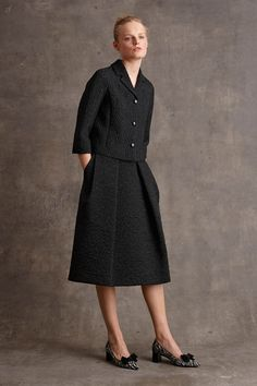 Michael Kors Pre-Fall by muses Baby Jane Holzer, Winona Ryder and Taylor Swift; Michael Kors updated classic staples for his label's pre-fall… Apostolic Fashion, Modest Fashion, Michael Kors 2015, Michael Kors Collection, Fashion Week, Fashion Show, Fashion Design, Fashion Tips, Cos Dresses
