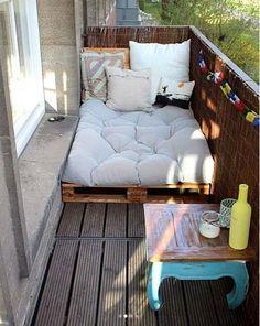 Top 30 Pallet Ideas for DIY Furniture for Your Home - DIY & Crafts # for # Ideas - Yasam Aygun - Dekoration - Balcony Furniture Design Furniture For You, Pallet Furniture, Home Furniture, Furniture Design, Furniture Ideas, Pallet Daybed, Rustic Furniture, Modern Furniture, Antique Furniture