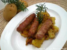 La salsiccia con patate al forno è un secondo piatto con contorno molto semplice da preparare, che riscuote sempre molto successo, soprattutto nei bambini.