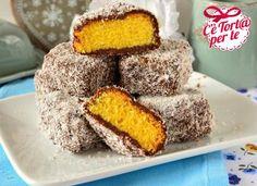 Un dolcetto tipico australiano dal cuore di pan di spagna e un dolce rivestimento #cioccolato e #cocco: i #lemingtons  Clicca e scopri la #ricetta di @Morena Roana per Valle'...