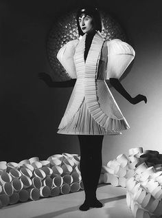 Paper Couture- all paper runway show | Ripley's Believe It or Not!