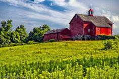 Red Barn near Lambertville, NJ