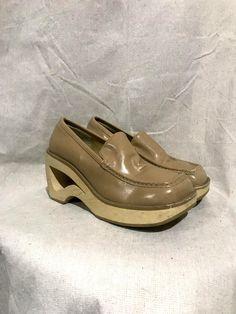 7b9638e0465a Vintage 90s cutout heel platform loafers   square toe chunky platform slip  on shoes