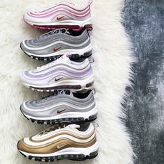 New Arrival with box 97 Mens Womens Running Shoes Cushion Silver Gold Sneakers Athletic Designers Sports Outdoor Shoes air – Shop Running Shoes Air Max 97, Nike Air Max, Nike Air Force, Gold Sneakers, Sneakers Fashion, Sneakers 2016, Men Sneakers, Shoes Men, Women's Shoes