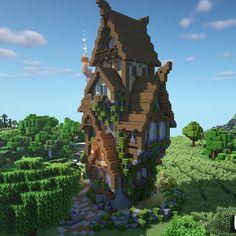 built by Nerdak Casa Medieval Minecraft, Minecraft House Plans, Minecraft Cottage, Minecraft Mansion, Cute Minecraft Houses, Minecraft House Designs, Amazing Minecraft, Minecraft Blueprints, Minecraft Crafts