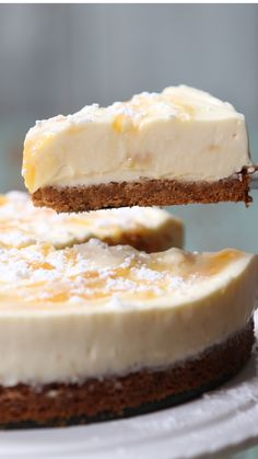 Recipe with video instructions: When life gives you lemons.make lemonade cheesecake! Ingredients: 15 Digestive biscuits, 100 grams melted butter, 1 tablespoon of honey, 200 milliliters Double. Cheesecake Recipes, Cookie Recipes, Dessert Recipes, Lemon Desserts, Cheesecake Bars, Digestive Biscuits, Almond Joy, Savoury Cake, Clean Eating Snacks