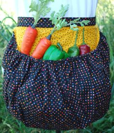 @Barbara Acosta Acosta chase,Garden Harvest Apron
