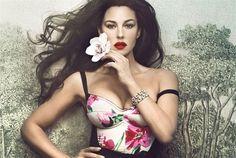 ALL IS RELATIVE: Monica Bellucci Vanity Fair Italia April 2012