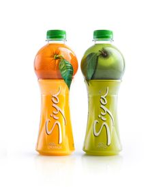 What do you see watching at the Siya bottle? It is a fruit on a juice glass.Exploring the essential of Siya juice brand, we gave it this simple solution - the natural fruit is right on Your glass. Making something like trick, the real fruit put… Fruit Packaging, Food Packaging Design, Beverage Packaging, Bottle Packaging, Bottle Labels, Branding Design, Packaging Ideas, Label Design, Beer Labels