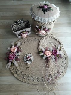 Rope Crafts, Diy Home Crafts, Diy Arts And Crafts, Yarn Crafts, Sisal, Crochet Mandala Pattern, Silk Ribbon Embroidery, Arte Floral, Bottle Crafts