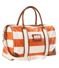 Obsessed about this bag. Do I need it? Not really. But it is so pretty.