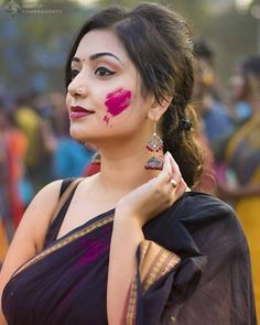 Really curvy Indian girl. Beautiful Girl Indian, Beautiful Saree, Beautiful Indian Actress, Beautiful Actresses, Gorgeous Women, India Beauty, Asian Beauty, Holi Girls, Saree Models