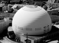 Bubble building The Stockholm Globe Arena, known as the Ericsson Globe is apparently the world's largest round building. The globe is the national indoor arena and while built for ice hockey, has also. Beautiful Architecture, Beautiful Buildings, Interior Architecture, Interior Design, Round Building, Stockholm Sweden, Modern Materials, Design Development, Science And Nature