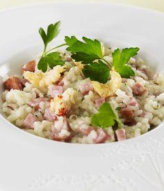 Découvrez la recette du risotto au comté et Morteau, écrevisses aux noisettes et…