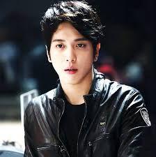 Resultado de imagen para fotos de jung yong hwa 2015