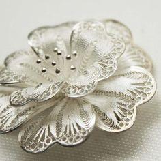 Dutch filigree brooch