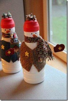24 Days to a Homemade Christmas :: Day 4, Creamer Bottle Snowmen