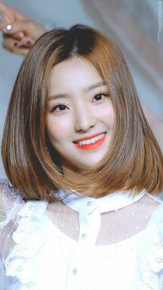 Pre Debut, Seolhyun, Kokoro, Blackpink Jennie, Korean Actresses, Sweet Girls, Kpop Girls, Asian Girl, Rapper
