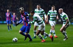 Lionel Messi of Barcelona (L) attempts to take the ball past Emilio Izaguirre of Celtic (R) during the UEFA Champions League Group C match between Celtic FC and FC Barcelona at Celtic Park Stadium on November 23, 2016 in Glasgow, Scotland.