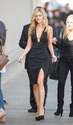 Nicola Peltz Photos - Nicola Peltz spotted out in Hollywood. - Nicola Peltz Out in Hollywood Black Women Fashion, Girl Fashion, Fashion Dresses, Womens Fashion, Fashion Design, Fashion Clothes, Celebrity Dresses, Celebrity Style, Nicola Peltz