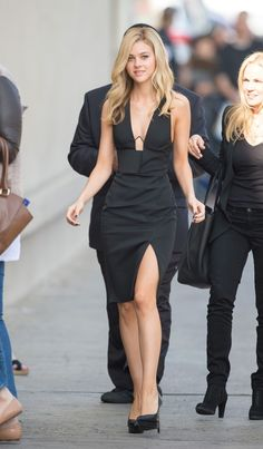 Nicola Peltz style. Total black