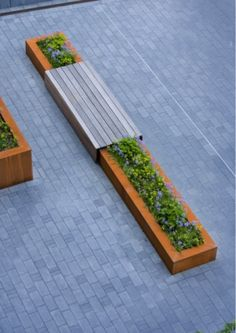 muurtje met planten
