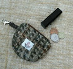 Hey, I found this really awesome Etsy listing at https://www.etsy.com/uk/listing/449620976/handmade-genuine-harris-tweed-coin-purse