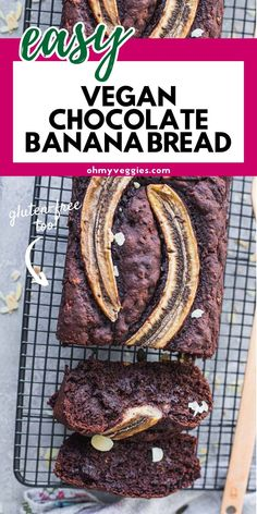 This vegan chocolate banana bread is a chocolatey twist on a classic recipe. It's moist and rich, thanks to ripe bananas and plenty of chocolate chunks. And you won't believe how simple it is to pull together! Vegan Banana Bread, Chocolate Banana Bread, Banana Bread Recipes, Vegan Chocolate, Vegan Snacks, Healthy Desserts, Snack Recipes, Baking School, Banana Nice Cream