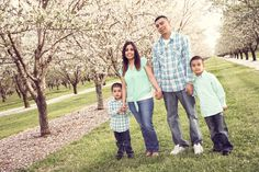 Orchard family photoshoot.  spring portraits.