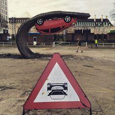 Pour sa dernière oeuvre intitulée « Pick yourself and pull yourself together », il s'est associé à la marque de voitures anglaise Vauxhall pour réaliser cette parfaite illusion du tarmac qui se replie sur lui-même et où la voiture reste accrochée. De nombreux corps de métiers sont intervenus sur ce projet, comme des ingénieurs génie-civil, des scénographes, des métallurgistes, des charpentiers, des ingénieurs du BTP… L'installation est visible sur le parking de la Southbank à Londres…