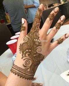 #hennalove #hennaartist #henna #hennaart #hennatattoo #hennadesign #mehndi #mehndiinspire #mehndidesign #mehndinight #weddinghenna #bridalhenna #hennawedding #instapost #dailypost #everydaypic #instagram #instagramer #orlandohenna #orlandowedding #2018wedding #2k18 #wedding2018 #stylediaries #fashiondairies #wakeupbeautiful #summerweddings #coralsprings #miamibeach #southflorida