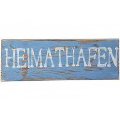 Originelles, handgefertigtes Holzschild made in Germany im maritimen Vintage und Shabby Chic Style mit der Aufschrift Heimathafen. Die Schilder sind aus Massivholz gefertigt und werden liebevoll von Hand beschriftet, geschliffen und bemalt. Dadurch ist jedes Schild ein Unikat. Auf Wunsch können die Schilder auch individuell gestaltet werden.
