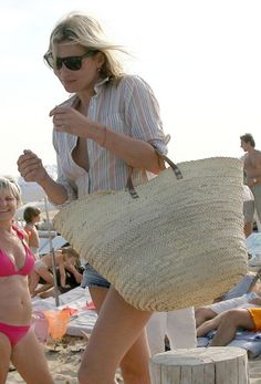 Kate-Moss-St-Tropez-beachbag