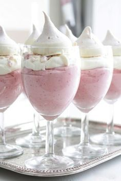 Mousse Recipe - This divine dessert would look lovely served in teacups or champagne flutes at your next tea party.Strawberry Mousse Recipe - This divine dessert would look lovely served in teacups or champagne flutes at your next tea party. Just Desserts, Delicious Desserts, Dessert Recipes, Yummy Food, Tasty, Dessert Dishes, Meringue Desserts, Parfait Desserts, Pink Desserts