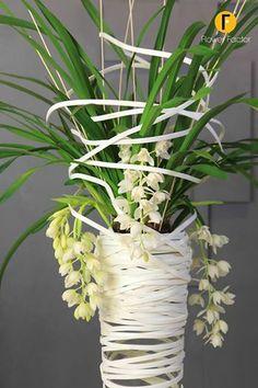 FlowerFactor - Cymbidium - door Nelleke Bontje - Floralist.nl met de Cymbidium ice cascade van www.lzorchodee.nl