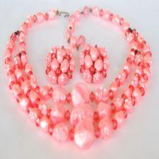 Vintage Pink Bubblegum 3 Strand Bib Necklace Earring Set image