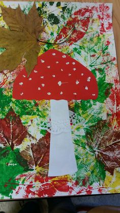 Pilz im Laubwaldherbst-Dekofenster oder -korridor - , Fall Arts And Crafts, Autumn Crafts, Fall Crafts For Kids, Autumn Art, Toddler Crafts, Art For Kids, Diy And Crafts, Christmas Crafts, Christmas Tree