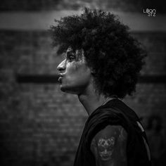 Larry, Black White Photos, Black And White, Twin Photos, Les Twins, Fashion 2020, Handsome, Dance, Celebrities