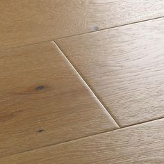 Search for wood flooring samples. Discover a wide range of solid, engineered, bamboo and laminate floor designs.