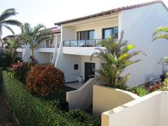 8 Corona Del Mar - 8 Corona Del Mar is a lovely apartment situated in Uvongo and just a stone's throw away from the beach.The apartment consists of three bedrooms of which two have balconies, two and a half bathrooms with ... #weekendgetaways #margate #southcoast #southafrica